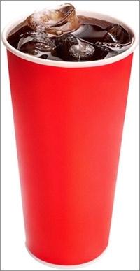Μεγάλο ποτήρι με αναψυκτικό