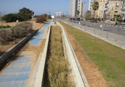 Φίλτρα νερού καθαρίζουν βρόχινο νερό