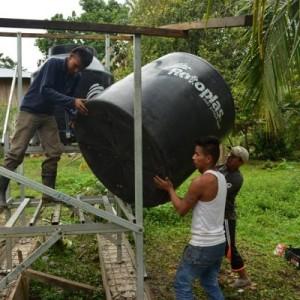Εγκατάσταση νέου φίλτρου νερού στον Αμαζόνιο