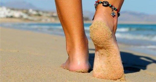 Περπάτημα στην παραλία