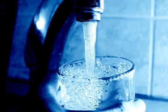 ποτήρι νερό με χλώριο