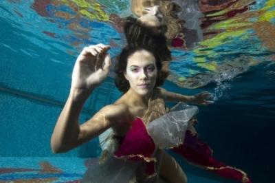νερό και βιομηχανία της μόδας