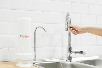Γυρίστε τον διακόπτη για να απολαύσετε καθαρό νερό